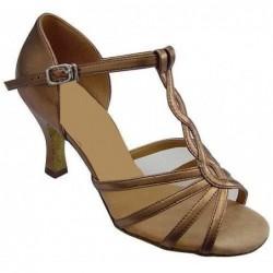 Aïcha : Chaussures sur mesure