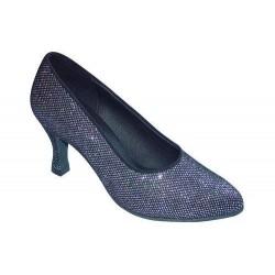 Margot : Chaussures avec un design unique reliant l'avant du pied avec la cheville