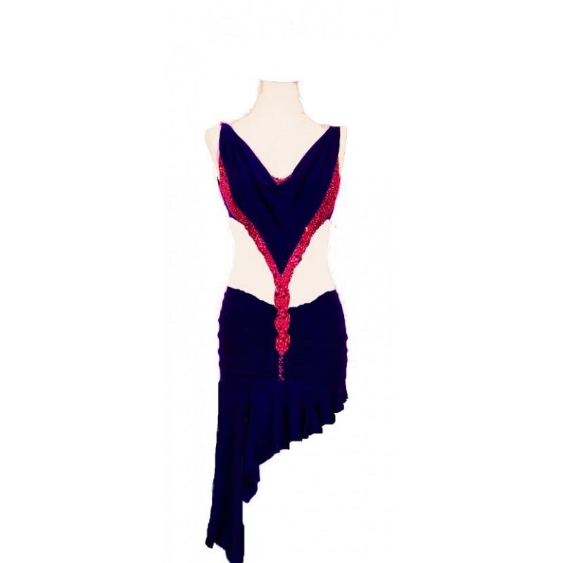 Candice : Le rouge vernis fera de ces chaussures de danse vos préférés parmi votre garde robe