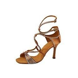 Julie : Chaussures de danse avec une lannière du milieu